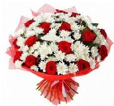 11 adet kırmızı gül ve 1 demet krizantem  Amasya çiçek mağazası , çiçekçi adresleri