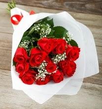 9 kırmızı gülden buket çiçeği  Amasya çiçek gönderme