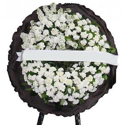 Cenaze çelengi çiçeği modelleri  Amasya internetten çiçek satışı