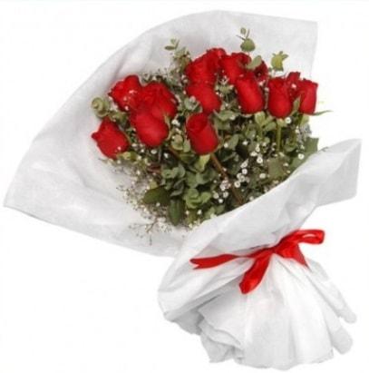 9 adet kırmızı gül buketi  Amasya çiçekçi mağazası
