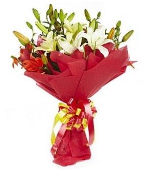 5 dal kazanlanka lilyum buketi  Amasya çiçek gönderme sitemiz güvenlidir